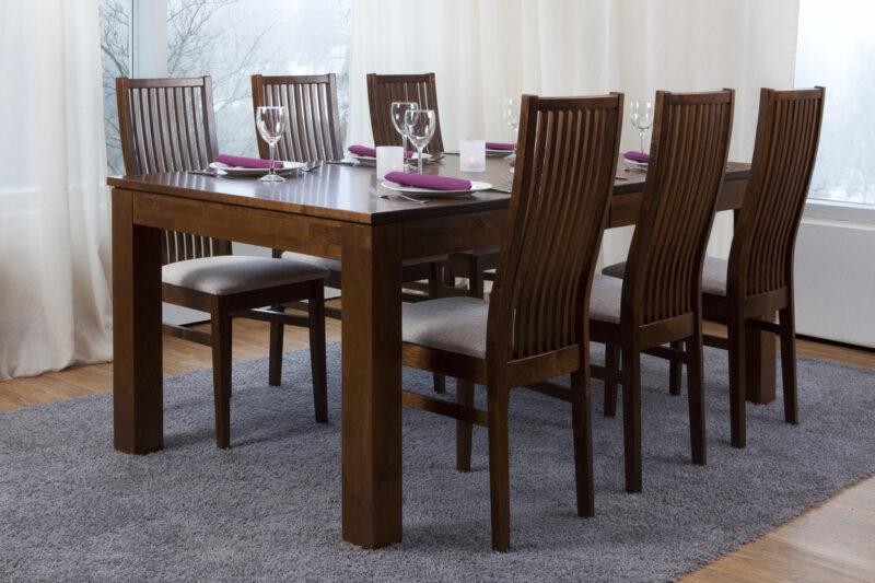 Finlandia matgrupp med Elise stolar - Pohjanmaan