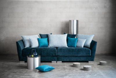 Elton soffa i petrolblå sammet - Folkets Möbler