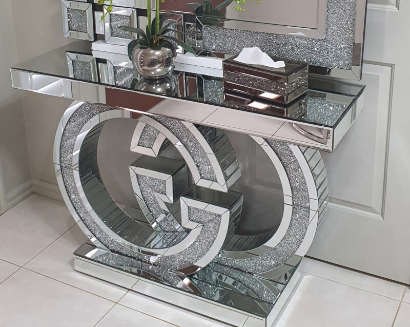 Gucci_konsolbord_Spegel _ möbler